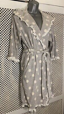 Pretty Grey And White Polka Dot Hooded Dressing Gown Size M • 7.99£