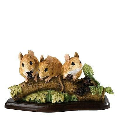 £39.95 • Buy Border Fine Arts Studio - Mammals - Family Outing - Mouse A27056