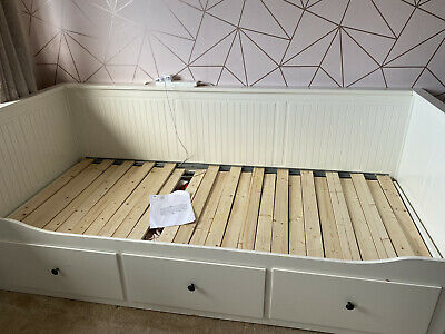 IKEA Hemnes Day Bed Pulls Out To Double Without Mattresses In Cream Wood • 4.20£