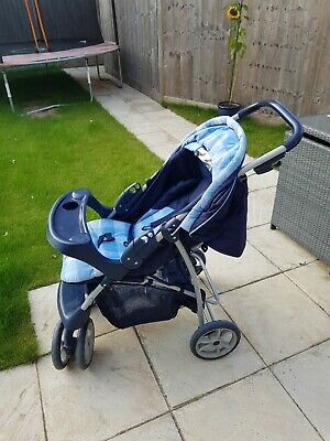 Graco Travel System - Pushchair And Car Seat • 30£