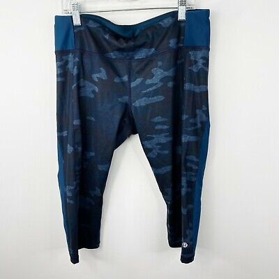$ CDN75.94 • Buy Lululemon Size 10 Run Clip-In Crop Leggings Lotus Camo Oilslick Blue 16  Inseam