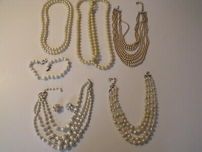 $ CDN12.53 • Buy Vintage Costume Jewelry Lot Pre-Owned, Neckless Items Some Matching Earrings