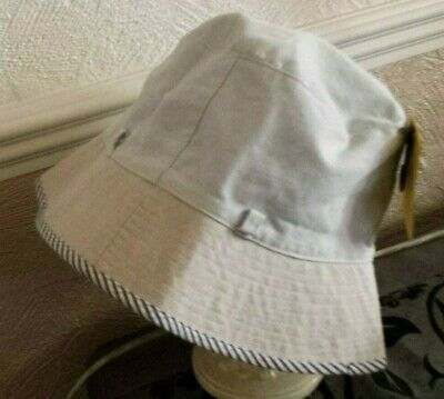Bnwt::reversible Bucket Hat::pale Blue/blue & White Stripe Reverse::s/m::upf 50+ • 6.50£