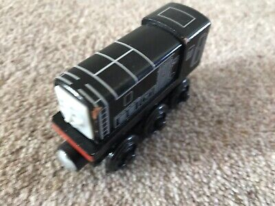 Wooden Thomas The Tank Engine Train Diesel Learning Curve • 9£