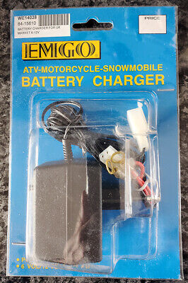 AU16.18 • Buy 6 /12 Volt Battery Charger - Emgo - 2 Pin Plug Type