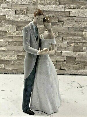$ CDN347.14 • Buy Vintage Lladro Figurine  Together Forever  #8107 W/Box. Gorgeous!!