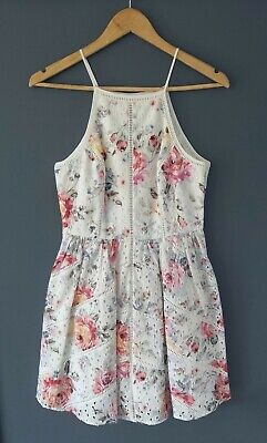 AU25 • Buy FOREVER NEW // Size 8 // Stunning Floral Print Eyelet Fit & Flare Dress