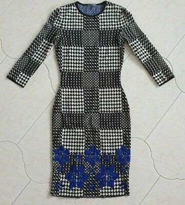 AU399 • Buy Alexander McQueen Jacquard Knit Dogtooth Dress Size Small. Designer Made In Ital