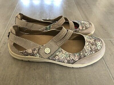 £30 • Buy New Clarks Ladies Mary Jane Pumps Flat Casual Shoes Gemella Daisy Grey  UK 5