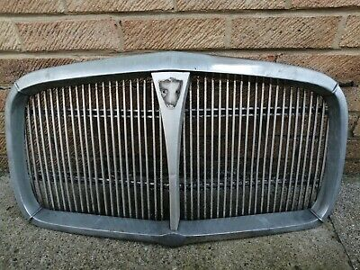 Rover P5 Grille • 25£