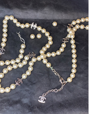 £581.95 • Buy Chanel CC Logo  Faux Pearl Necklace