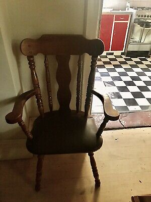 AU325 • Buy 8 Dining Chairs Used