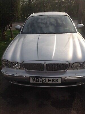 Jaguar Xj350 3.0 Litre In Super Condition With LPG Kit Included. Tow Bar.  • 2,495£