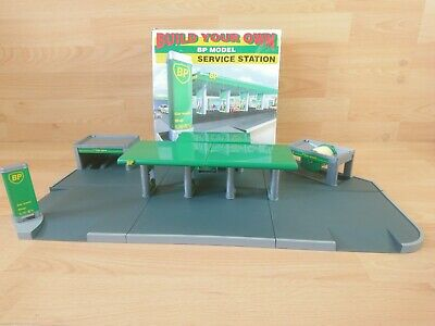 £14.99 • Buy Build Your Own BP Model Service Station, Car Wash, Shop Model Kit