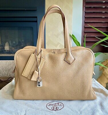 AU5888 • Buy HERMES Victoria 2 II Fourre-Tout 35 Bag Taurillon Clemence Leather Tote Camel