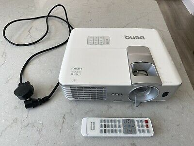 BenQ W1070 Full HD 1080P  3D Projector Great  Condition. Chromecast • 180£
