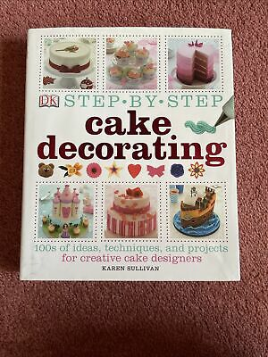 Step By Step Cake Decorating Book  • 0.99£