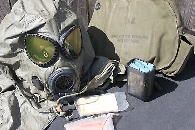 $99.97 • Buy U.S. M-17 GAS MASK COMPLETE W/ CHEMICAL HOOD & ORIGINAL CARRIER Size M