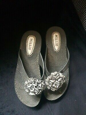 £2.85 • Buy Toe Post Sandals Size 4