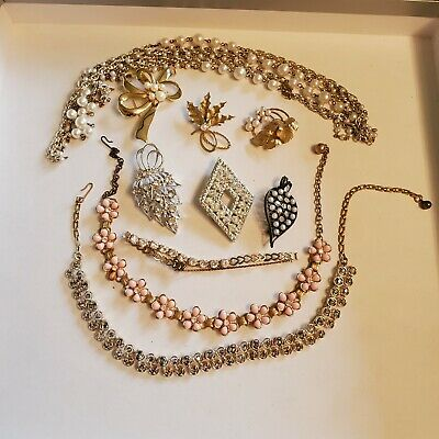 $ CDN12.13 • Buy 10 Pieces Of Vintage Jewelry - Signed (Lot 33)