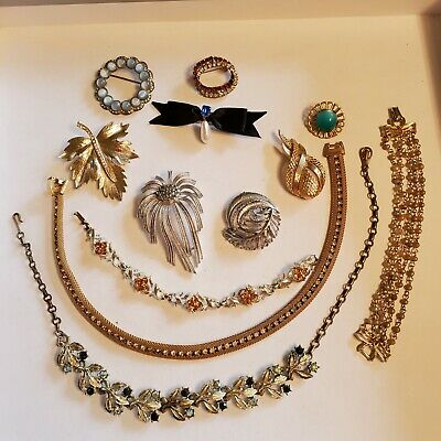 $ CDN12.13 • Buy 12 Pieces Of Vintage Jewelry - Several Signed (Lot 35)