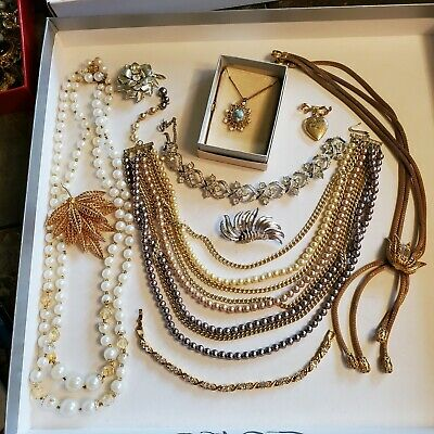 $ CDN12.13 • Buy 10 Pieces Of Vintage Jewelry - Several Signed (Lot 40)