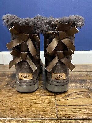 £18 • Buy Ugg Boots Size 4.5 Brown Suede Bailey Bow Detail