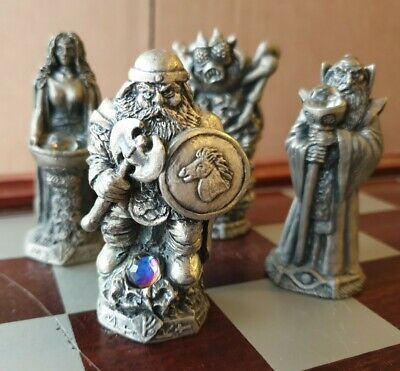 £149 • Buy Lord Of The Rings Chess Set - Cast / Myth & Magic? 1991