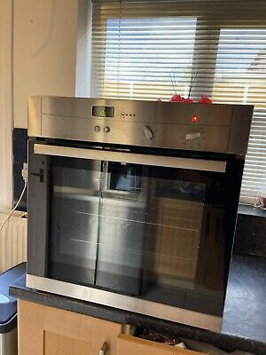 £149 • Buy Neff B12M42N0GB Integrated Electric Oven.