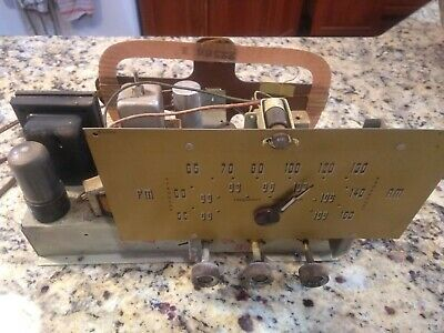 $ CDN56.59 • Buy Vintage Silvertone Radio Part: Untested Chassis W/7 Tubes