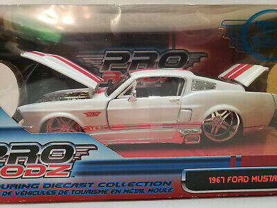 $32.99 • Buy Maisto 1967 FORD MUSTANG GT Pro Rodz  1:24 Scale  Pro-Touring Collection #31094