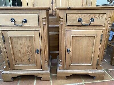 £200 • Buy Antique Pine Bedside Cabinets Cupboards Tables - Pair