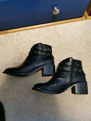 £12 • Buy Red Herring Black Leather Ankle Boots, Size 6