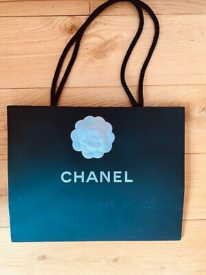 £11 • Buy CHANEL Black And White Paper Rope Shopping Gift Bag & Camellia + Ribbon