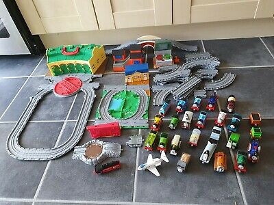 £50 • Buy Thomas The Tank Engine Take Along And Play Bundle Tidmouth Sheds,Track,Trains Et