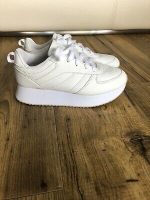 £5 • Buy Size 4 White Trainers Chunky Soles