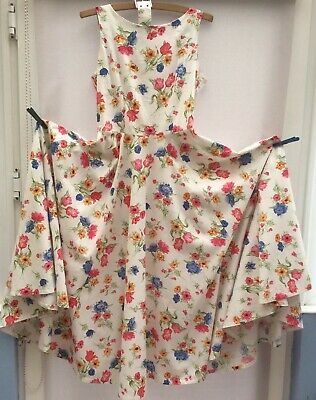 £16 • Buy Vintage Laura Ashley Floral Print Dress With Full Circle Skirt Size 12