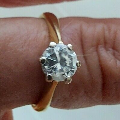 £1000 • Buy 18ct Yellow Gold 0.65-0.75ct Diamond Solitaire Engagement Ring Size J