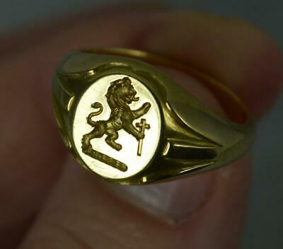 £1195 • Buy Heavy 18 Carat Yellow Gold Lion Passant And Cross Intaglio Signet Ring