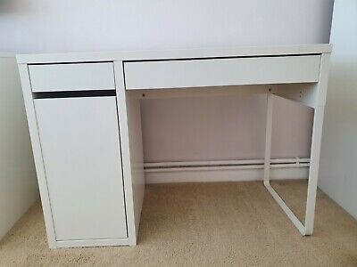 £45 • Buy Excellent Condition Ikea White Micke Desk & Chair