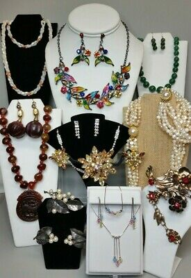 $ CDN49.74 • Buy LOT Vintage BEJEWELED JEWELRY SETS~Necklaces Earrings Brooches Bracelets