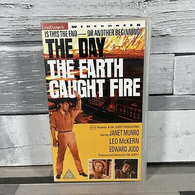 £4.97 • Buy The Day The Earth Caught Fire (1961) - Original VHS Video - Janet Munro
