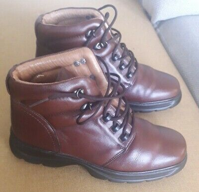 £25 • Buy Clarks Walking Boot Size 3 Ladies Womens Comfort VGC See Pictures Worn Once