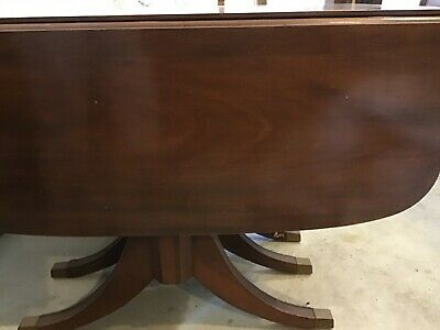 $250 • Buy Duncan Phyfe Mahogany Drop Leaf Dining Table With 3 Leafs And Table Pads