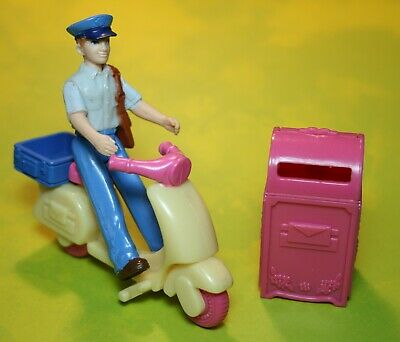 $9.99 • Buy Sweet Streets Dollhouse Post Office Mail Man Mailman Mailbox Scooter Lot