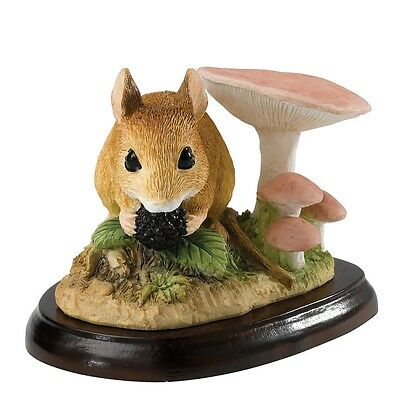 £29.95 • Buy Border Fine Arts Studio - Mammals - Field Mouse With Berry A27055