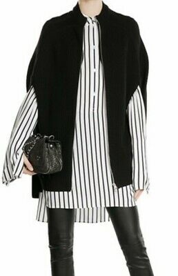 AU180 • Buy MCQ By Alexander McQueen Wool Cape Size M