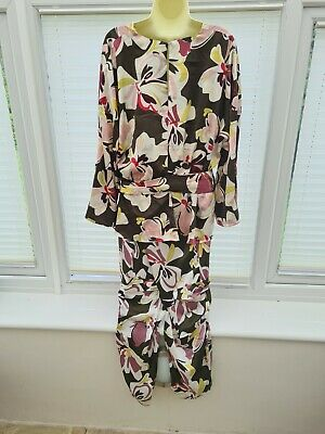 £26 • Buy Marks & Spencer Silk Look Trouser Suit. Size 16