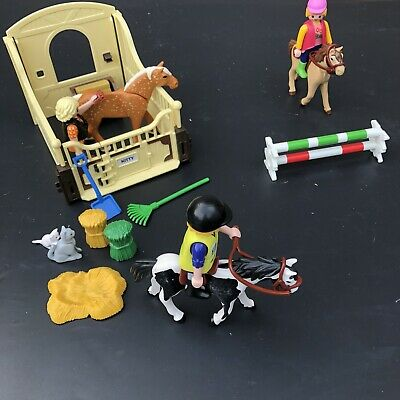 £5.50 • Buy Playmobil Horse Stable