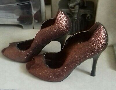 £0.99 • Buy Size 3 Sparkly Bronze Shoes